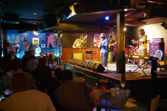 Buddy Guy Bar : the chicago blues bars thread styleforum ~ Vivirlamusica.com Haus und Dekorationen